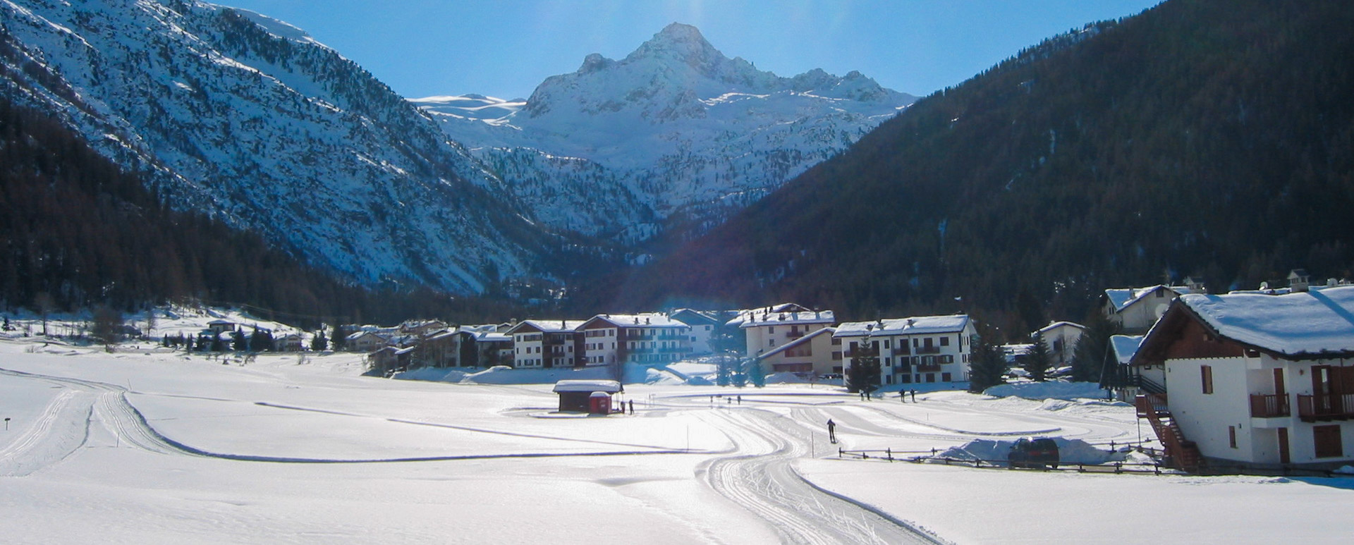 Cross-country ski runs zig-zag throughout the ski resort of La Thuile